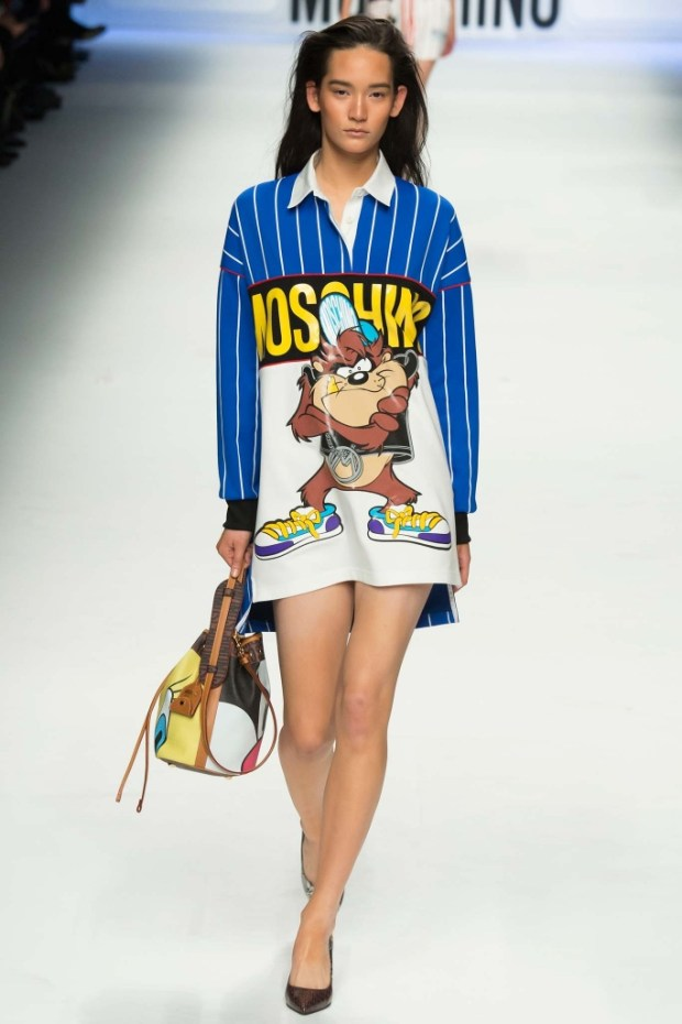 6MoschinoFallWinter20152016Collection