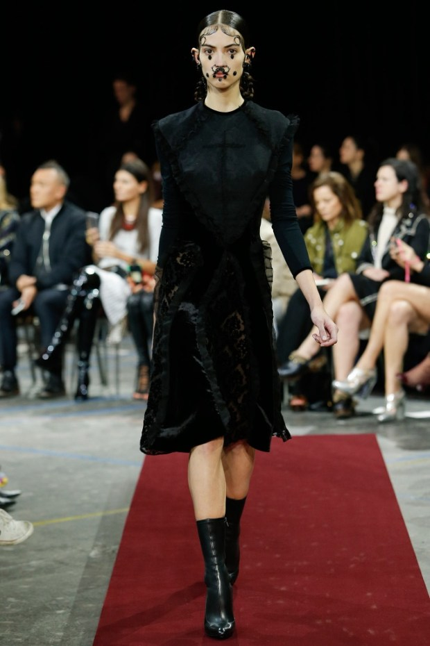 3 Givenchy Fall Winter 2016 2017 Collection