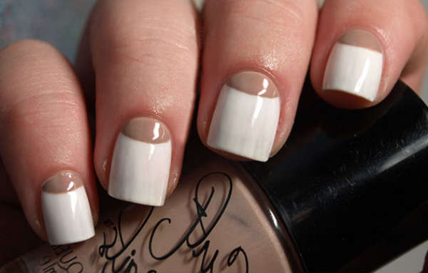 Pastel and nude manicure Fall Winter 2016 2017