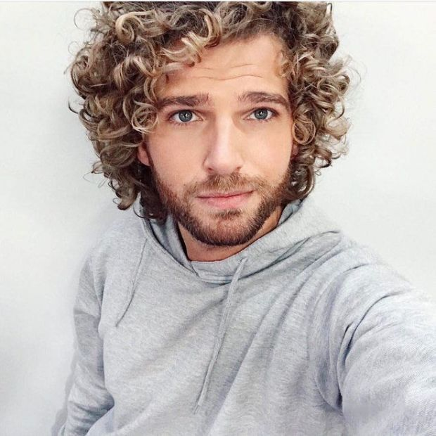 Mens haircuts 2019 curly hair