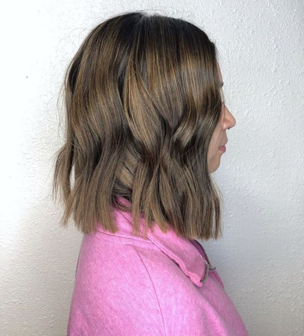 Curly medium lenght bob