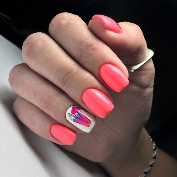 Color of the year 2020 nails