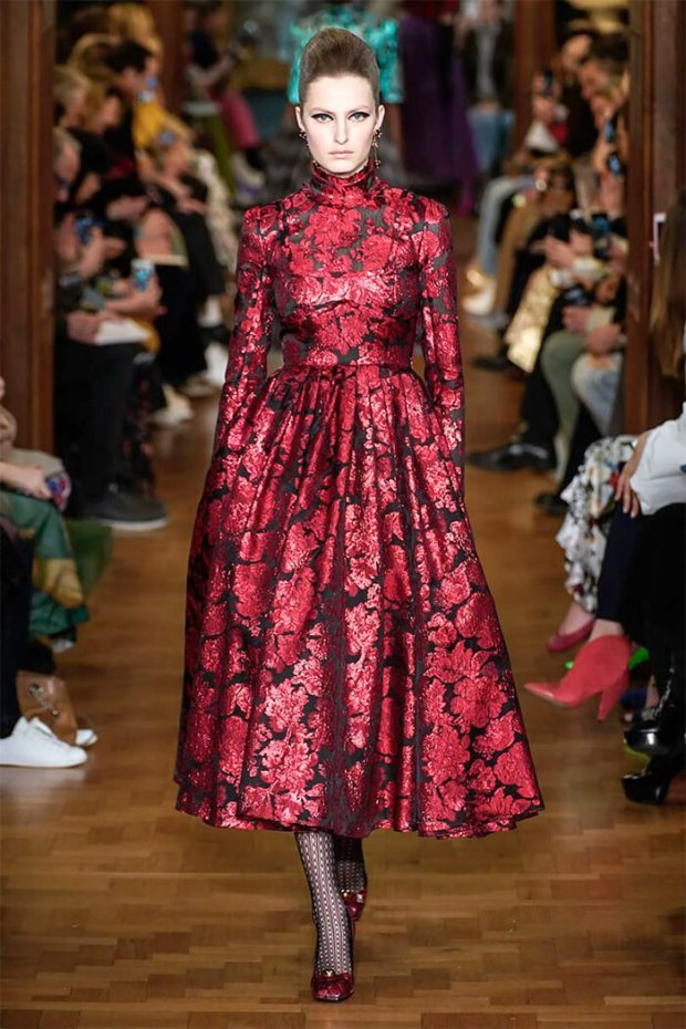 Elegant winter 2021 dresses with floral print