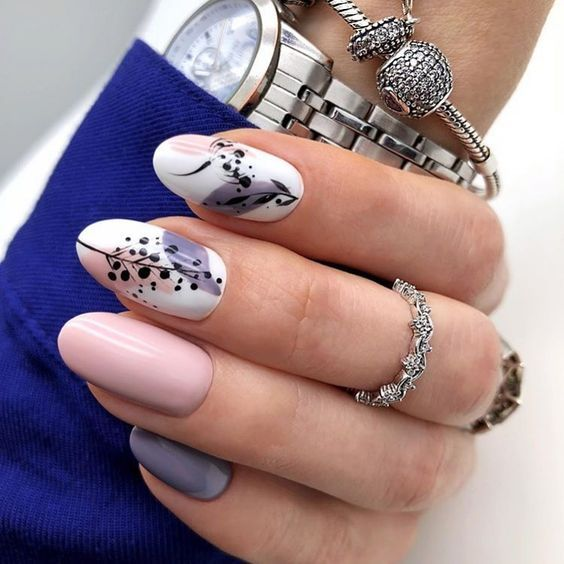 Gel nails 2021 in pastel shades