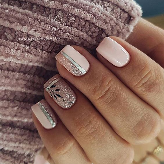 Squared nails with gel