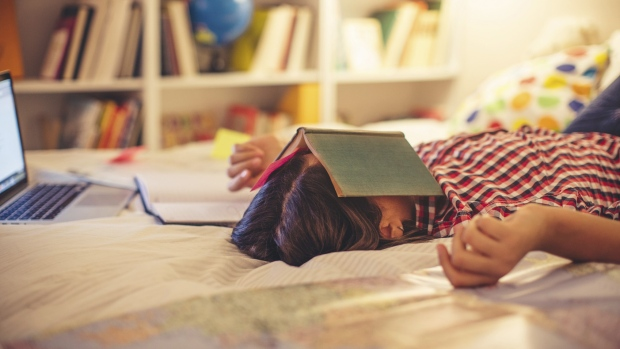 Sleeping between study sessions improves memory