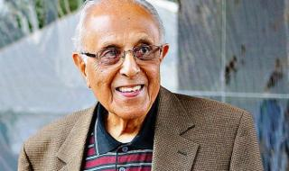 Ahmed Kathrada smiling