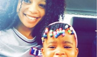 kelly-khumalo-and-daughter