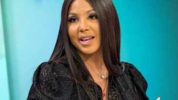 """Grammy award-winning songstress Toni Braxton revealed that she would once again perform in South Africa when she brings her 'As Long As I Live' tour to Johannesburg and Cape Town later this year. Glen 21 Entertainment, in association with McDonald's and powered by Kaya Fm 95.9, will be making this event a possibility to commemorate her 25th anniversary in the music industry. The Johannesburg show will take place on November 9, 2019, at the Ticketpro Dome and the Cape Town show will be at the Grand Arena, Grandwest Casino, on November 12. """"There have been moments when I felt defeated, felt I let myself down,"""" said Braxton in a statement reflecting on her silver anniversary. Image result for toni braxton 'As Long As I Live' """"Even if I fail, music gives me enough strength to try something different. I've come full circle—yet there are still so many things to do,"""" she added. Braxton said she was still in love with music and the possibilities it afforded. While in the country, Braxton is also set to visit the Ronald McDonald House Charities™ (RMHC™) South Africa in association with McDonald's. RMHC™ South Africa is a non-government, non-profit organisation established in 2012 that creates, finds, and supports programs that directly improve the health and wellbeing of children and their families. This is done by providing accommodation closer to medical facilities to families with sick children, as well as other things, such as the new 27-bedroom Ronald McDonald House which is located on the top floor of the Nelson Mandela Children's Hospital. According to McDonald's, published research shows that the house helps families cope better and focus on the needs of their sick child because of the support they receive from staff, volunteers, and other families staying alongside them at the house. Johannesburg ticket prices range from R790 to R2,880 for hospitality packages which can be booked directly from TicketPro. Cape Town ticket prices range between R650 and R1,310.00 and a"""