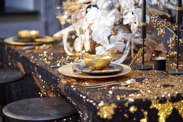 decor pentru masa de revelion