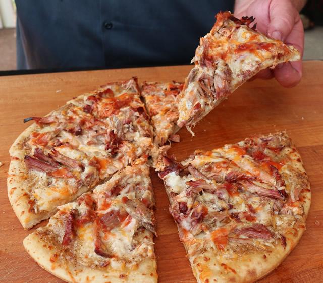 Grilled Pulled Pork Pizza