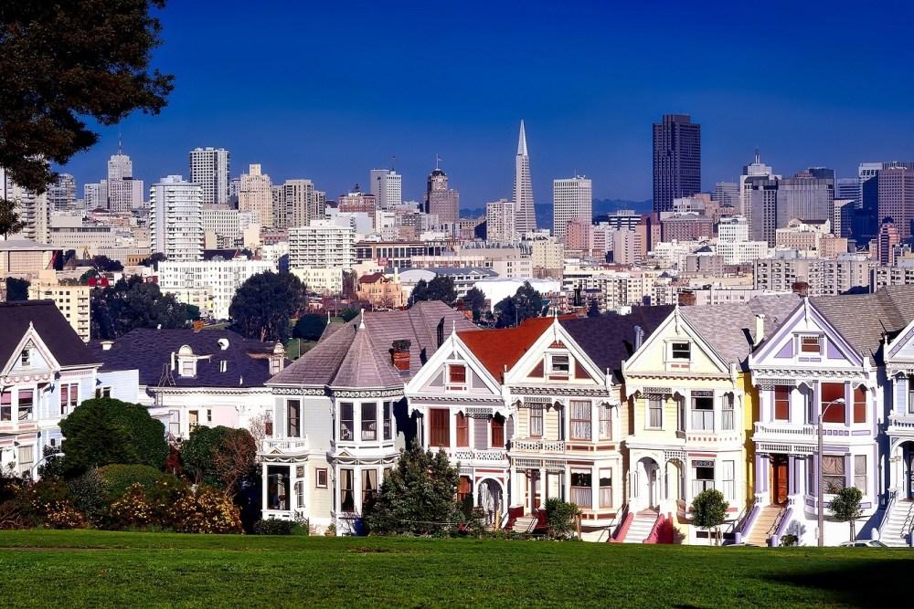 San Francisco with villas and skyscrapers