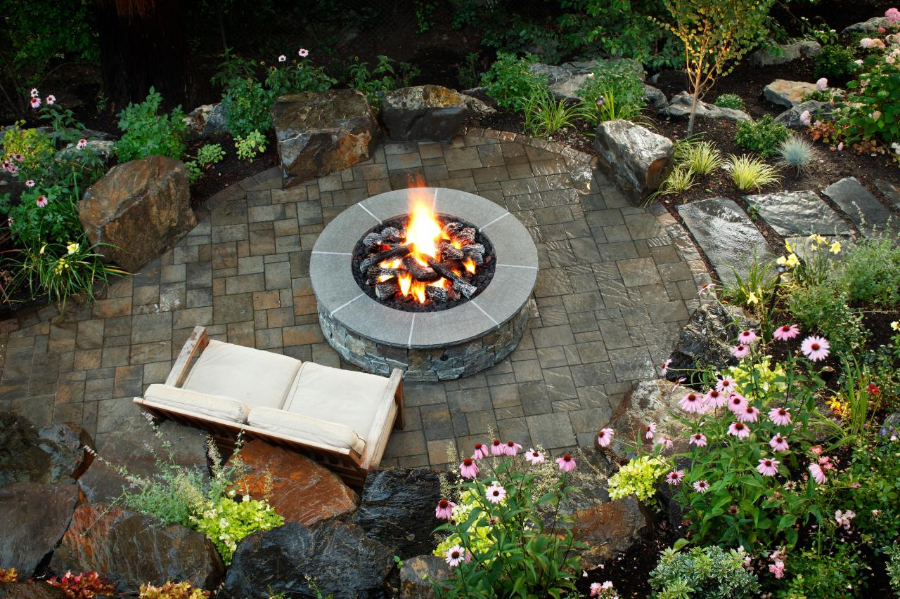 10 Stunning Landscape Ideas for a Sloped Yard | How To ... on Sloped Yard Ideas id=62371