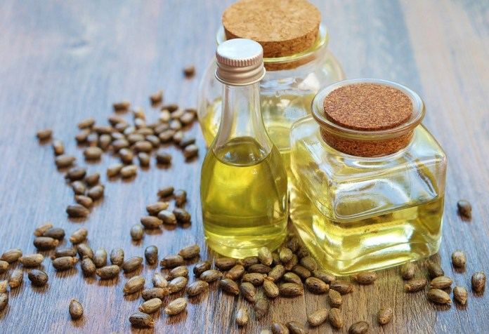 Castor oil for clearing stretch marks on arms