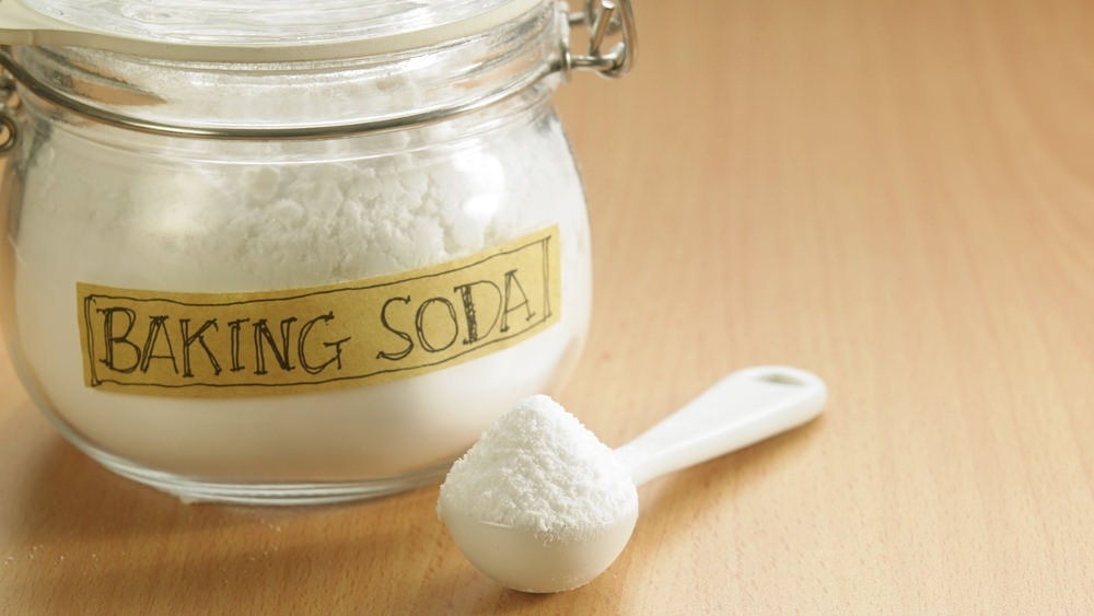 get rid of small bumps on the face using baking soda