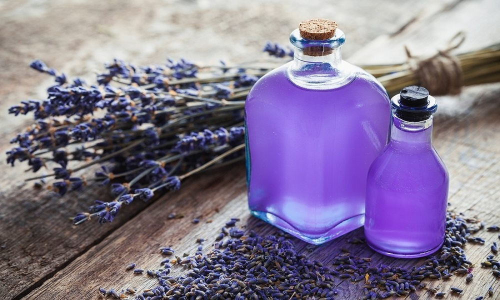 lavender oil for bruising