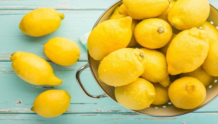 get rid of stretch marks with lemon