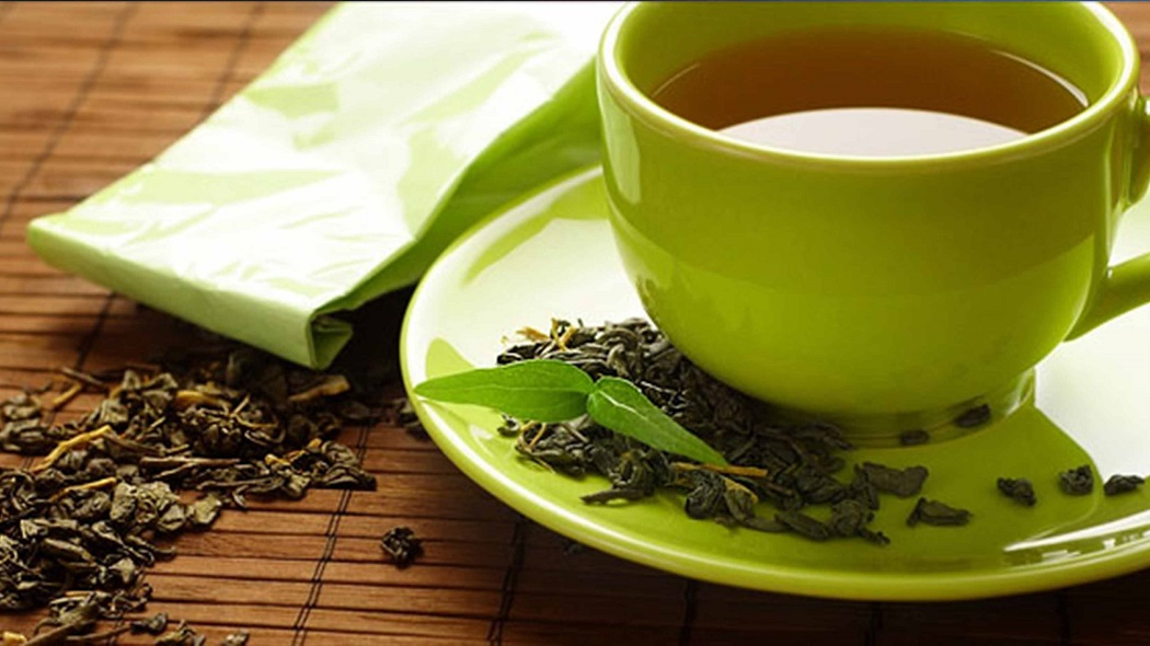green tea is an excellent remedy for smile lines