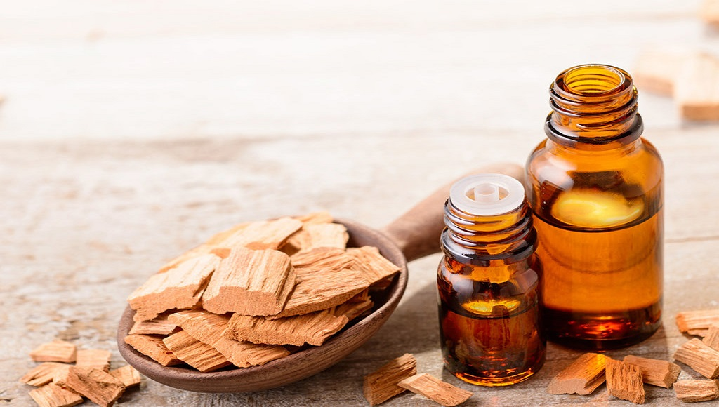 sandalwood essential oil for getting rid of scars