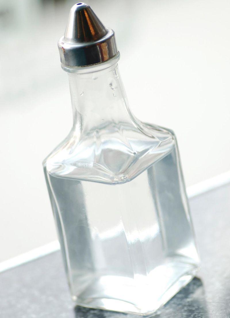 white vinegar for sunburn skin