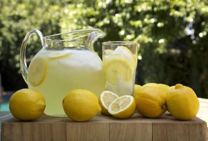 lemon juice to tighten skin naturally