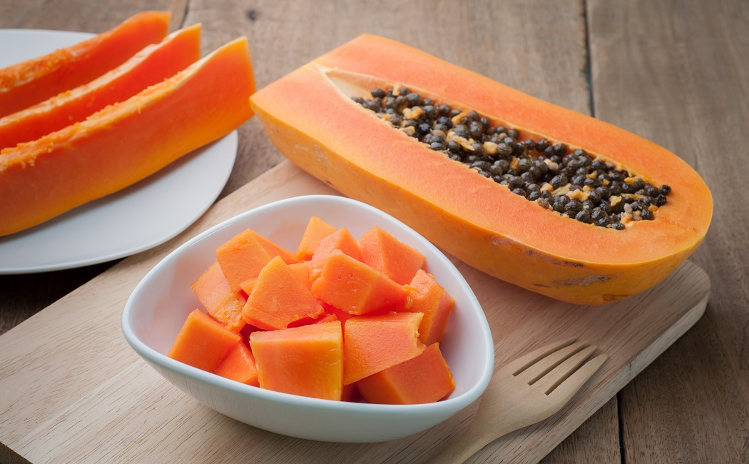 papaya for treat butt acne scars
