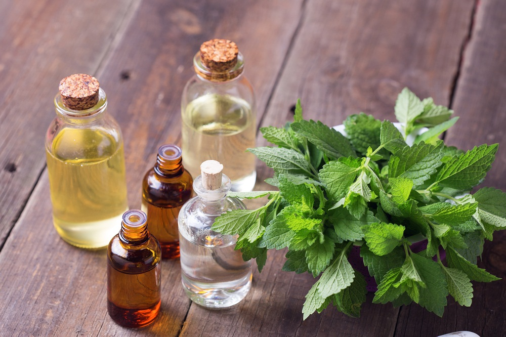 peppermint essential oil for seasonal allergies