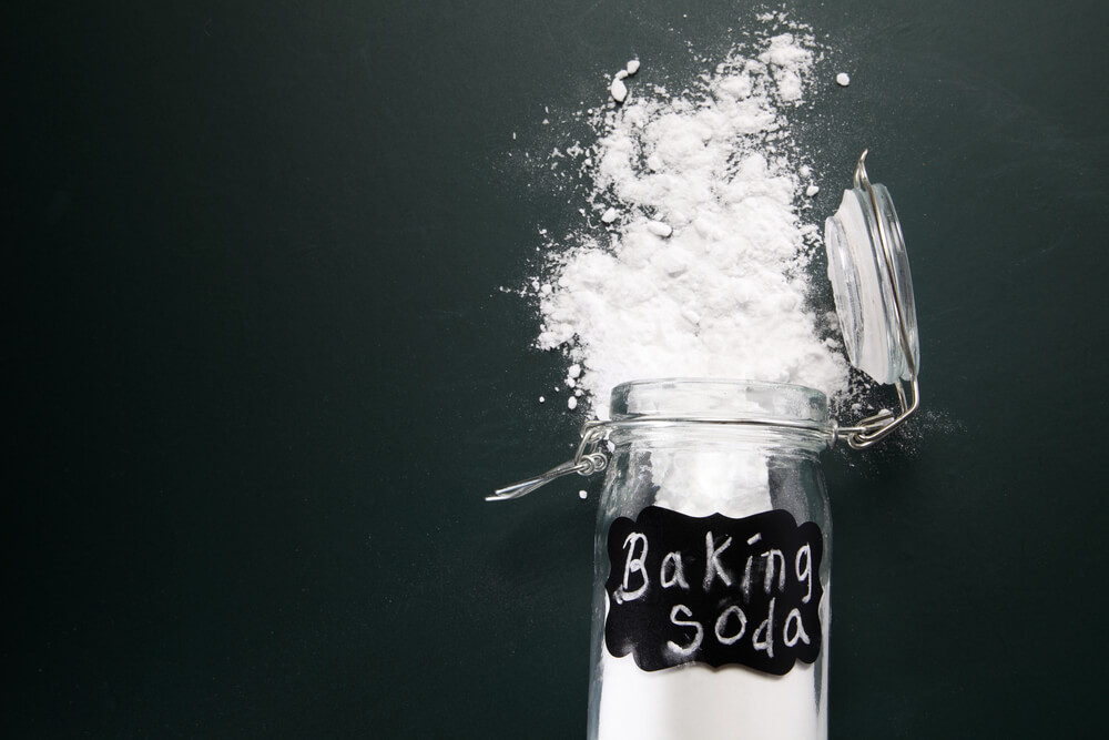 baking soda for greasy hair