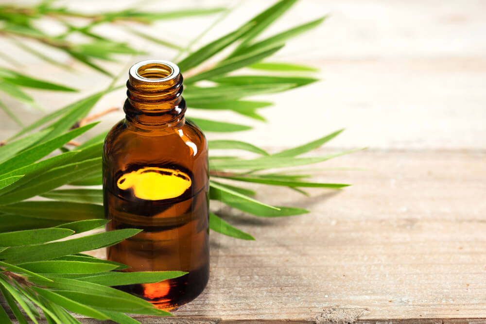 Tea tree oil for Athlete's Foot