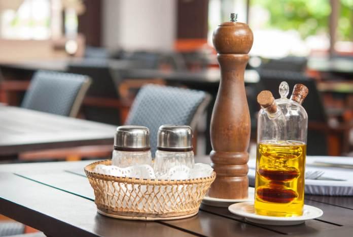 Cayenne Pepper and apple cider vinegar