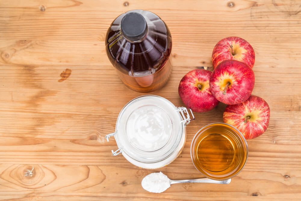 Baking soda and apple cider vinegar