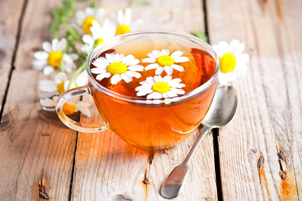 Chamomile Tea And ACV For Dandruff