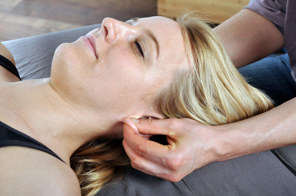 Chiropractic treatment for ear infections