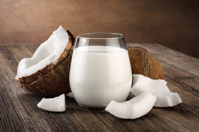 Coconut Milk And ACV To Cure Dandruff