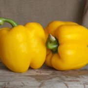 Benefits of yellow peppers