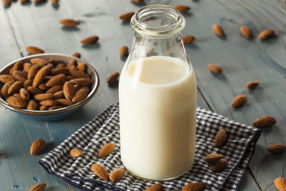 almond milk benefits