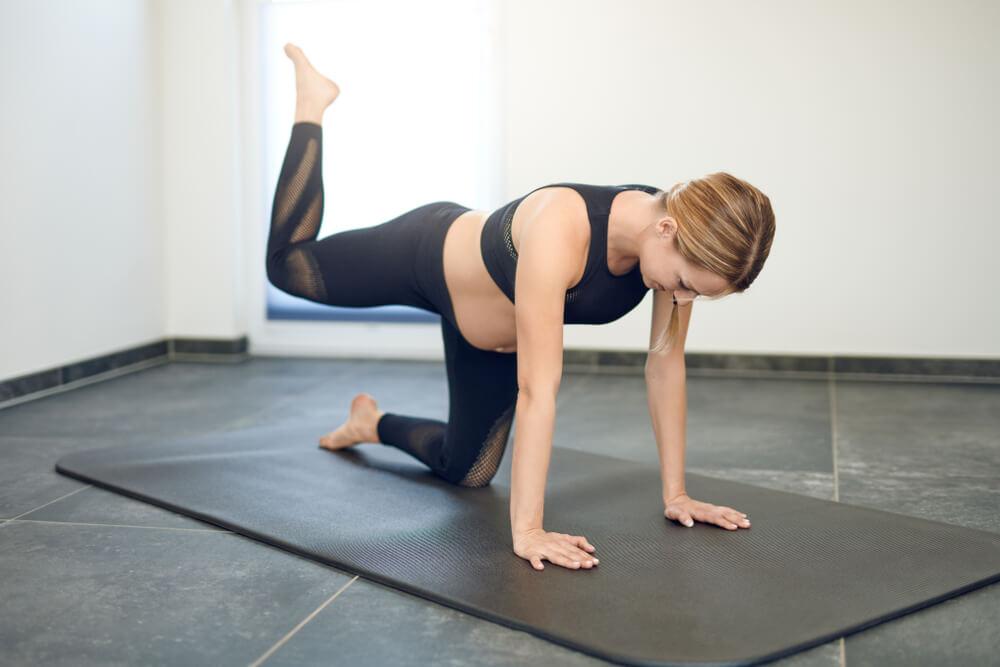 Backward leg Rise