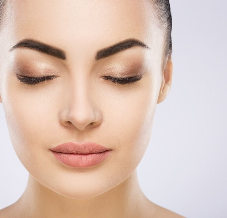 How to Thicken Scanty Eyebrows