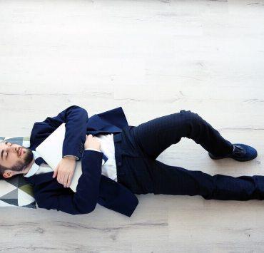 benefits of sleeping on the floor