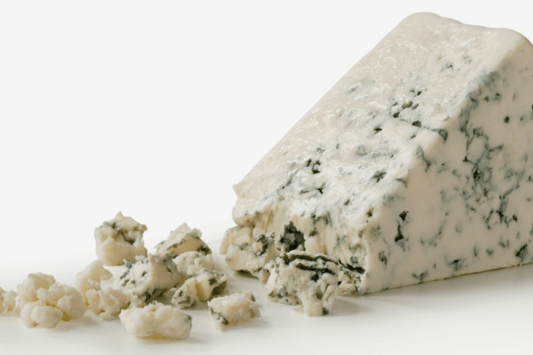Is Blue Cheese Safe to Eat? How to Tell When Blue Cheese ...