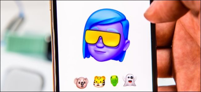 Presentation of Memoji on an iPhone Xs Max.