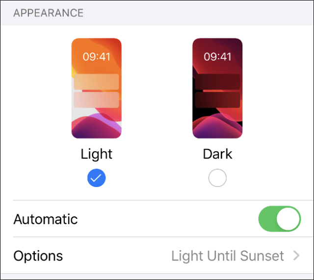 The menu of Light and Dark modes in iOS 13.