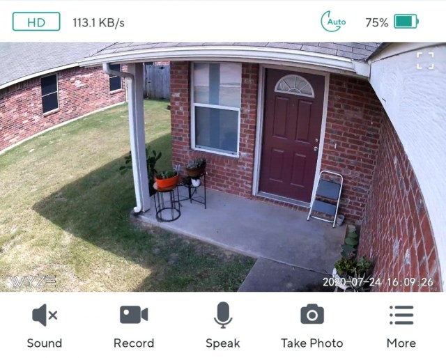 Wyze Cam app with battery percentage