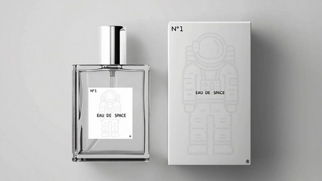 Space bottle and water box.