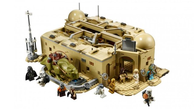 A close-up of the Mos Eisley Cantina, closed with a DewDack beside it.