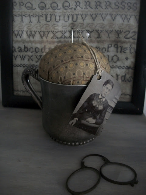 Quick Primitive Craft / Gift idea Of The Day~ no sew!!!