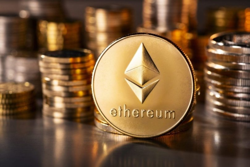 Compound distributed Ethereum to users