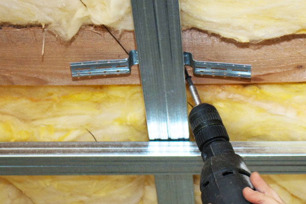 how to fix a hole in drywall