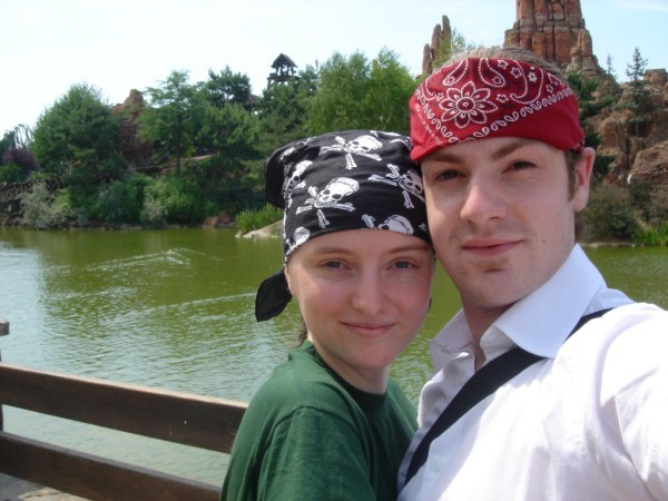 Laura & Sam - Disneyland 2005