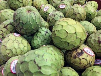 peruvian fruits and vegetables - chirimoya